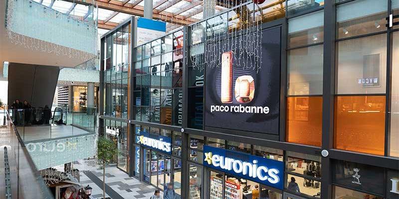 Campagna Pubblicitaria Paco Rabanne centro commerciale Aura
