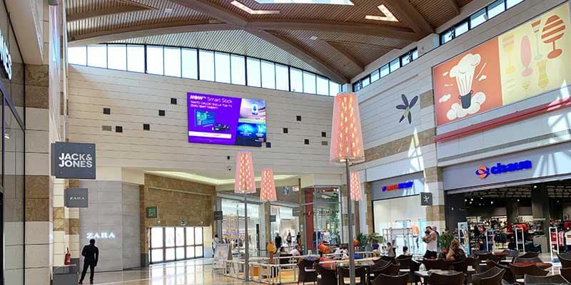 campagna pubblicitaria NowTv - centro commerciale Gran Sasso