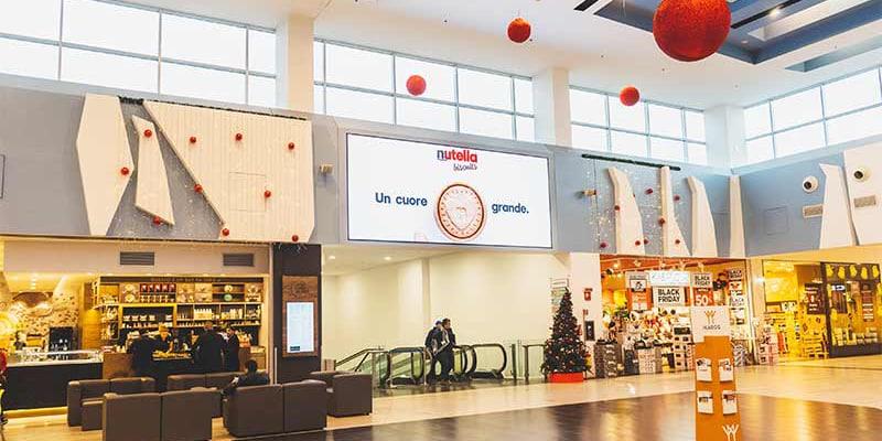 Campagna Pubblicitaria Ferrero Nutella Biscuits centro commerciale Antegnate