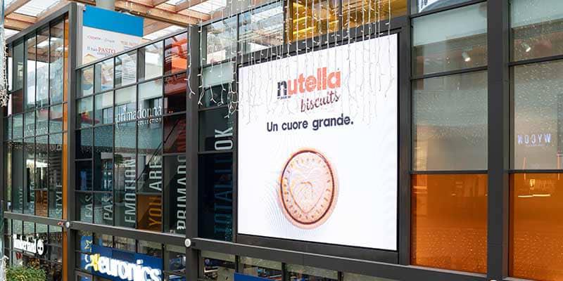 Campagna Pubblicitaria Ferrero Nutella Biscuits - Centro Commerciale Aura