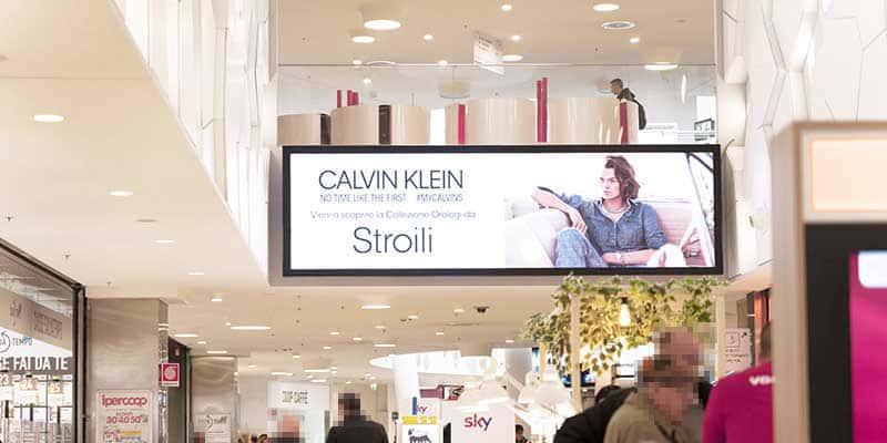 campagna pubblicitaria Calvin Klein Sarca