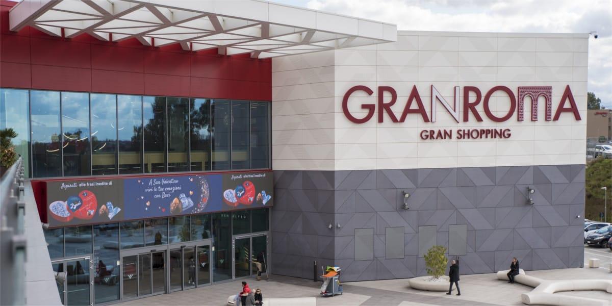 Campagna Pubblicitaria Baci Perugina - Centro Commerciale Gran Rotta