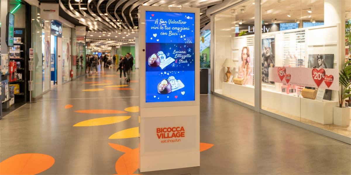 Campagna Pubblicitaria Baci Perugina centro commerciale Bicocca
