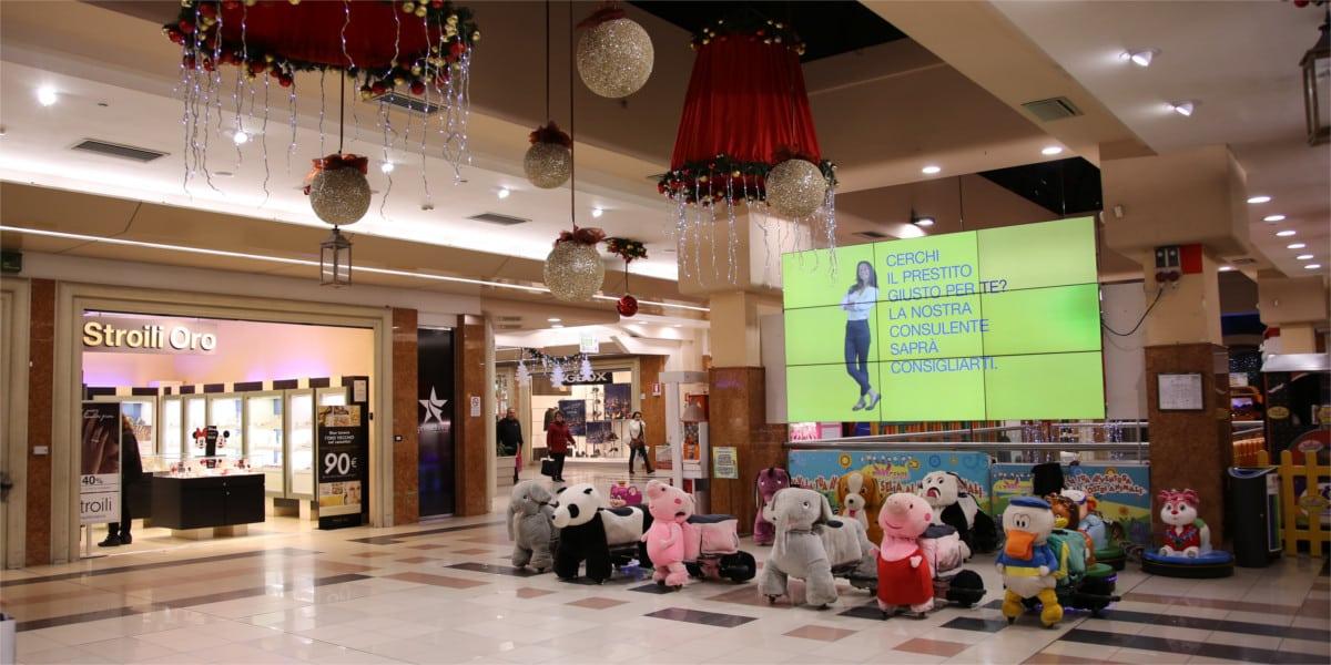 Campagna Pubblicitaria Poste Italiane centro commerciale Itaca