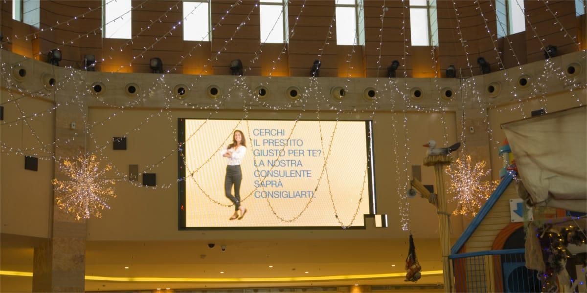 Campagna Pubblicitaria Poste Italiane centro commerciale Mongolfiera