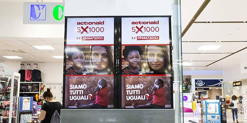Campagna Pubblicitaria Action Aid - Centro Commerciale Quasar Village