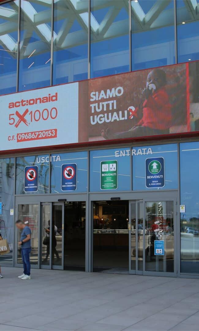 Campagna Pubblicitaria Action Aid - Centro Commerciale GranRoma GranShopping
